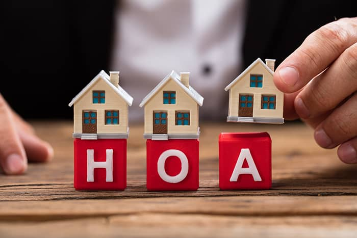 local-records-office-common-hoa-violations-avoid-getting-fined-homeowners-association (1)