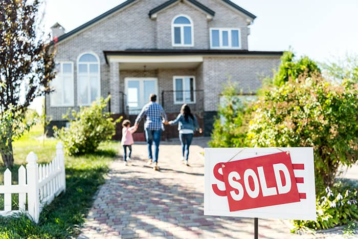 local-records-office-us-homeownership-soars-first-time-homeowners (1)